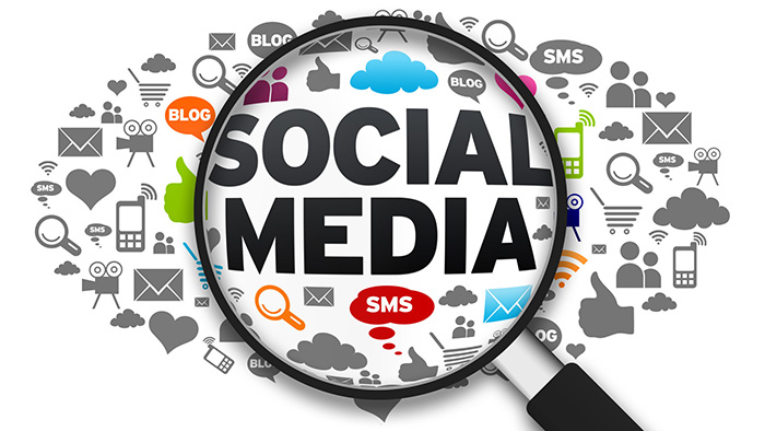 بازایابی شبکههای اجتماعی (SMM)